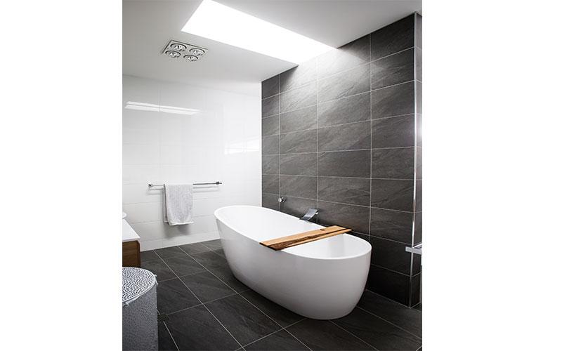 Lewis-Bath-2
